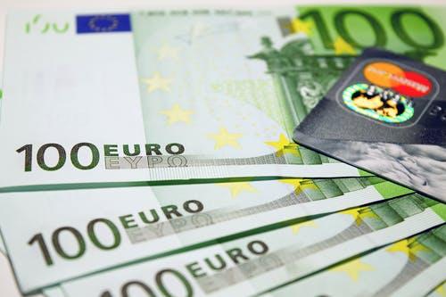 频繁使用信用卡预借现金对信用卡提额会有影响吗?